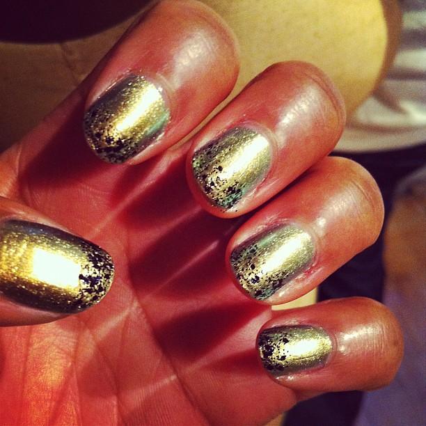 Nails-ChanelPeridot