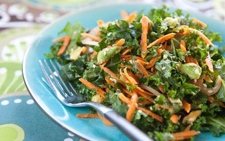 2721_kale_carrot_avocado_salad
