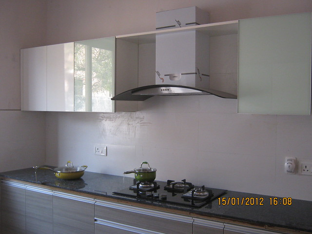 Modular Kitchen with Hub, Chimney & Sink - Show Flat of Pittie Kourtyard Kharadi Pune 411 014