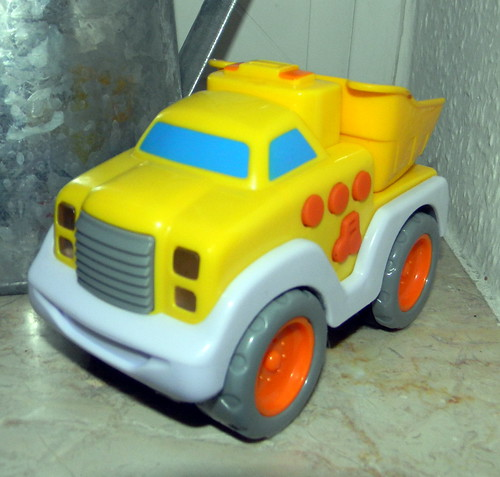 child's toy dumper truck 7th January 2012 9:41.40am