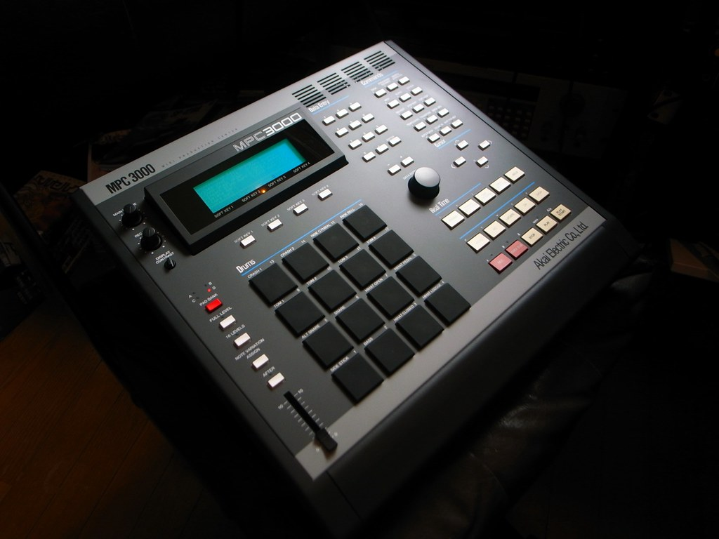 SP1200 and MPC3000 combo - dxarmy com sp1200 forum