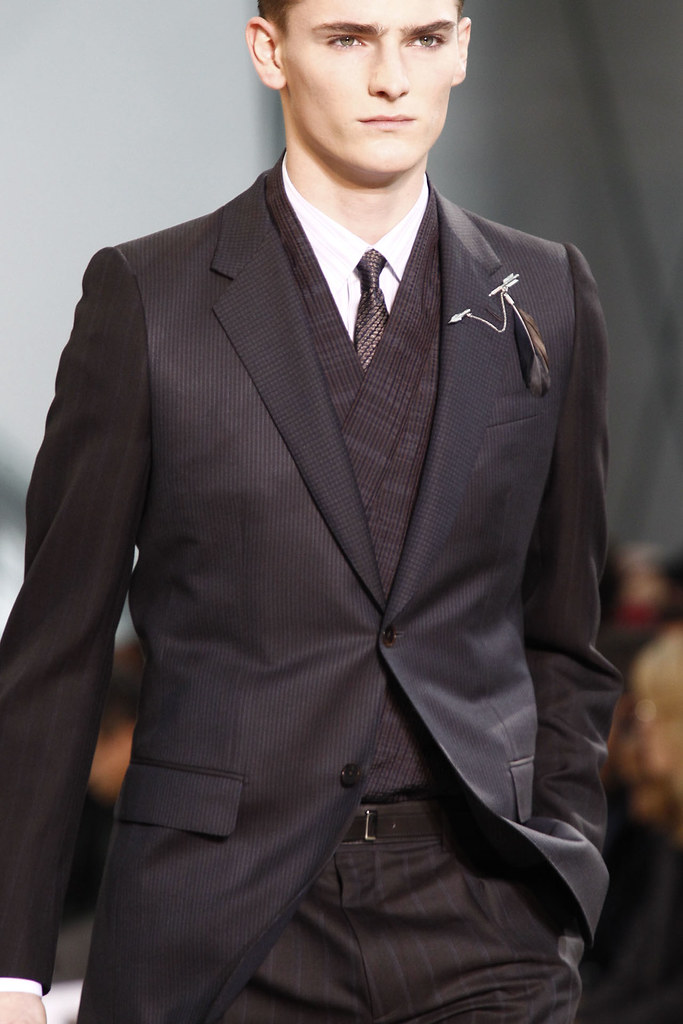 FW12 Paris Louis Vuitton056_Alexander Beck(VOGUE)