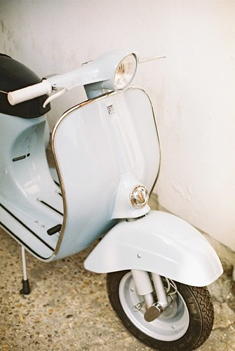 Restored Vespa 90 by Vespamore !