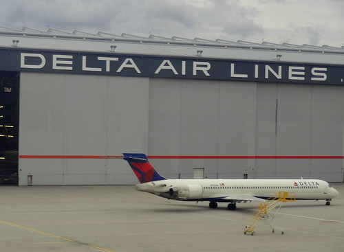 Photo:Delta Airlines Hangar, Atlanta By:blafond
