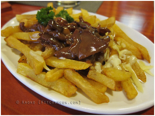 "Mama Lou""s Italian Kitchen - Bacon Poutine by kaoko"