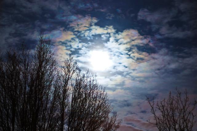 Cloudy full moon 55mm 1sec