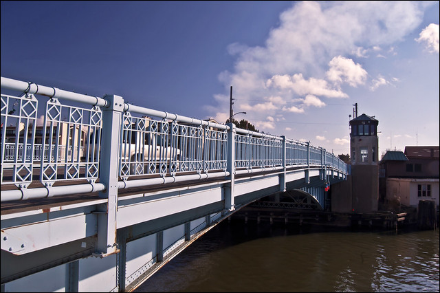 Franklin Street Bridge