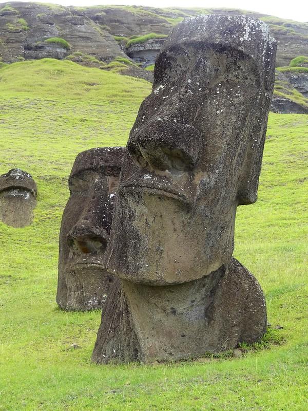 Easter island 24 59