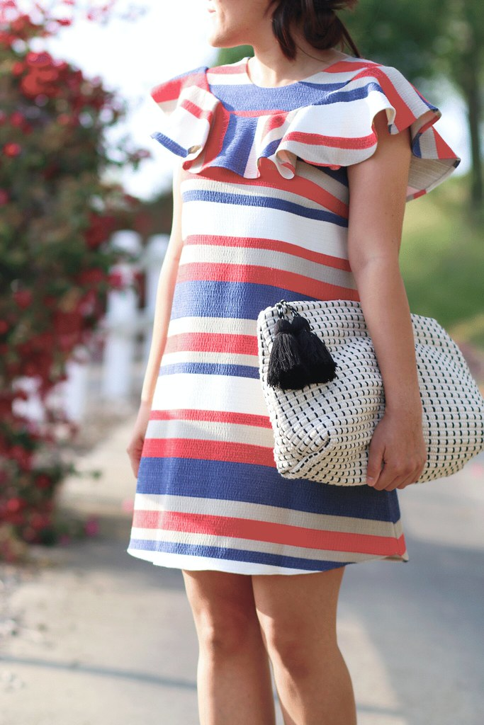 simplyxclassic, miriam gin, striped dress, zara clutch, oversized clutch, asos dress, straw fedora, vince camuto lace up heels, fashion blogger,