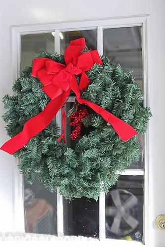 DIY Evergreen Christmas wreaths (8 of 16)