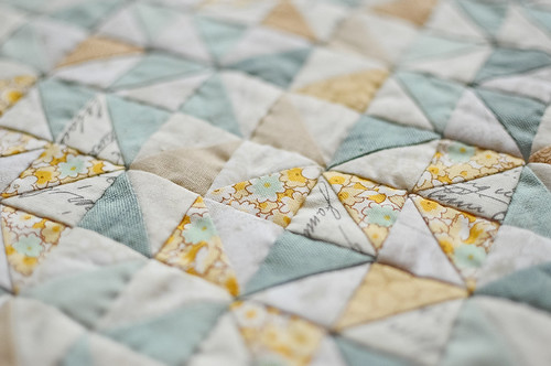 Hand Pieced HST Mini Quilt