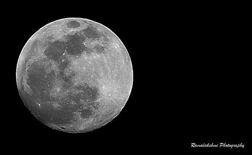 கார்த்திகை முழுநிலவு / Full Moon, Dec 2011