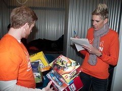 """Chicago YPNIllinois YPN """"Border-to-Border Holiday Give Back Week"""" toy drive1"""