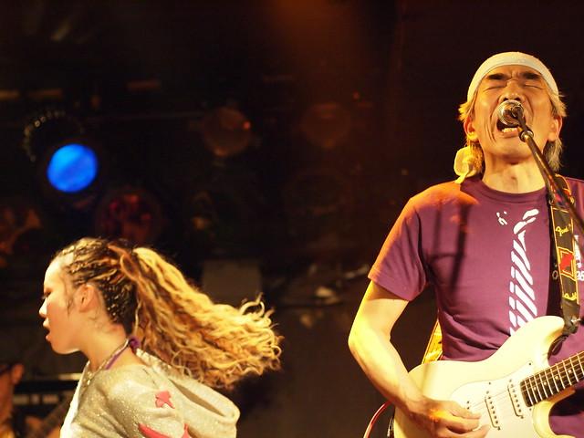 AKINOGI & Kasuga live session with Miro at Outbreak, Tokyo, 11 Dec 2011. 1-207
