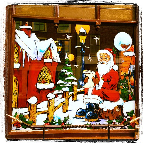 #xmas pub display #christmas #santa #santaclaus by Gribers
