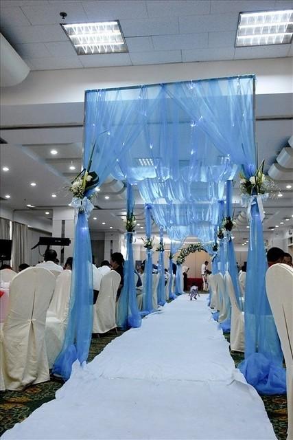 blue - white wedding theme