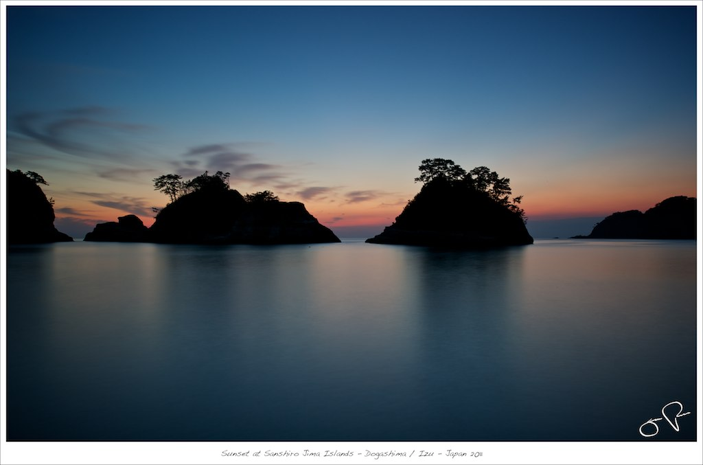 Sunset at Sanshiro Jima Islands - Dogashima / Izu - Japan 2011