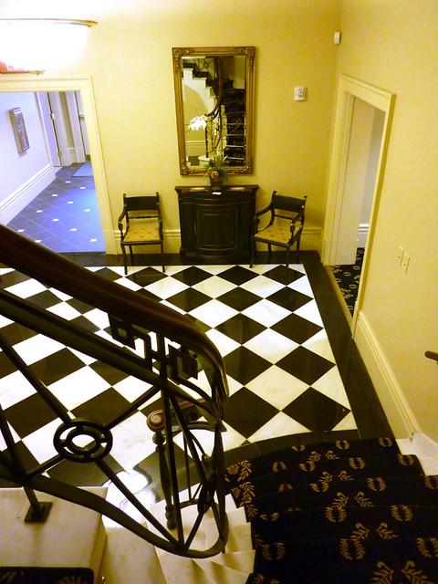 P1030098-2011-12-15-Shutze-Academy-of-Medicine-Stairs