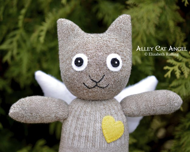 Alley Cat Angel Sock Kitten Art Toys by Elizabeth Ruffing, brown tweed, yellow fleece heart