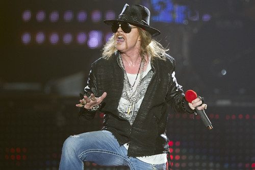guns_n_roses-forum_ACY4455