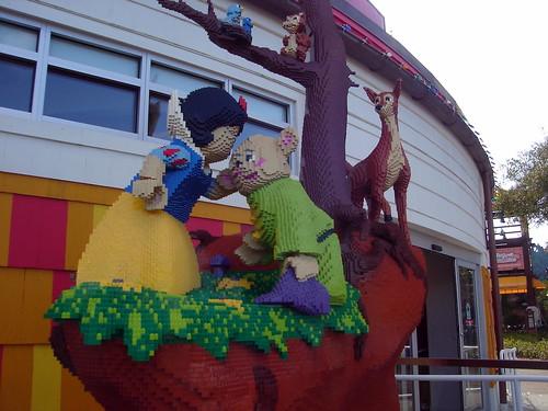 Lego Snow White & Dopey