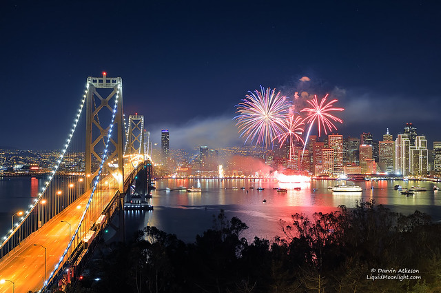 San Francisco New Years Fireworks - Happy New Year 2012