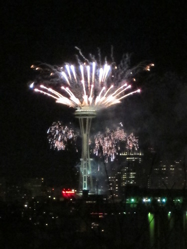 Seattle Space Needle New Years Eve Fireworks 2012