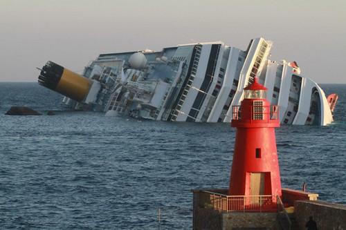 costa-concordia-naufragio