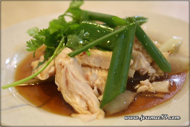 Curry Mee @ Hot Bowl Nyonya Delight, Abu Siti Lane - White Steamed Chicken 2