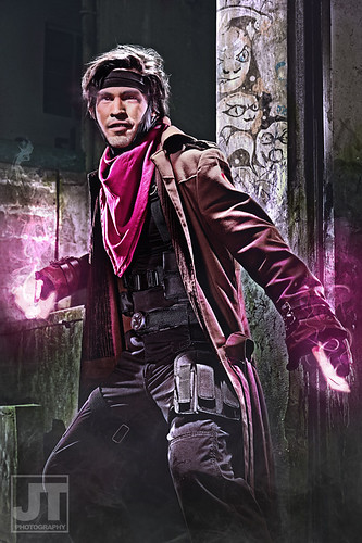 x-men-gambit-cosplay[1]