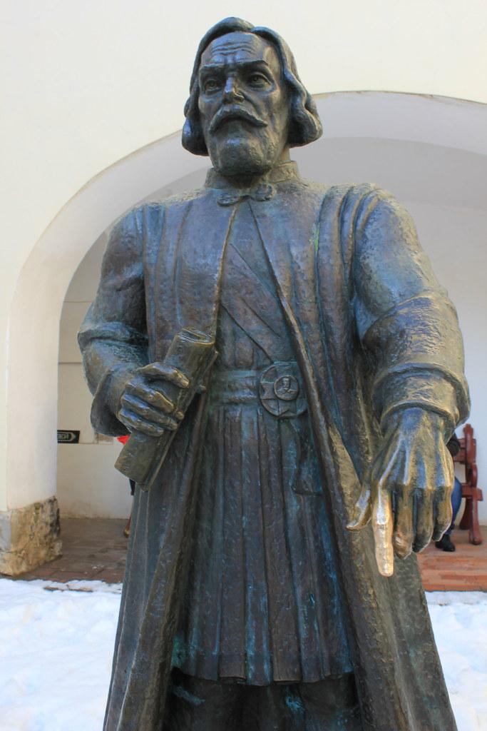 Estatua de Fedir Koriatovych en el castillo Palanok