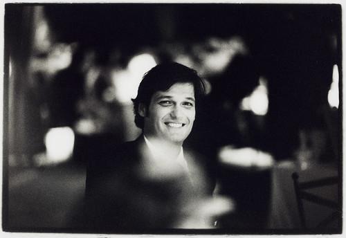 Portrait of man in wedding dinner - Edward Olive Reportajes de fotografía para bodas Madrid Barcelona España by Edward Olive Fotografo de boda Madrid Barcelona