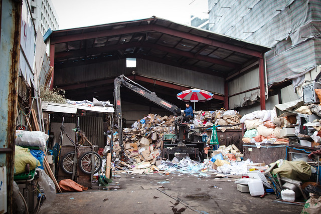 Garbage pile [EOS 5DMK2 | EF 24-105L@63mm | 1/80s | f/6.3 |  ISO200]