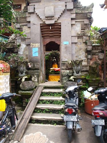 бали, домашний храм