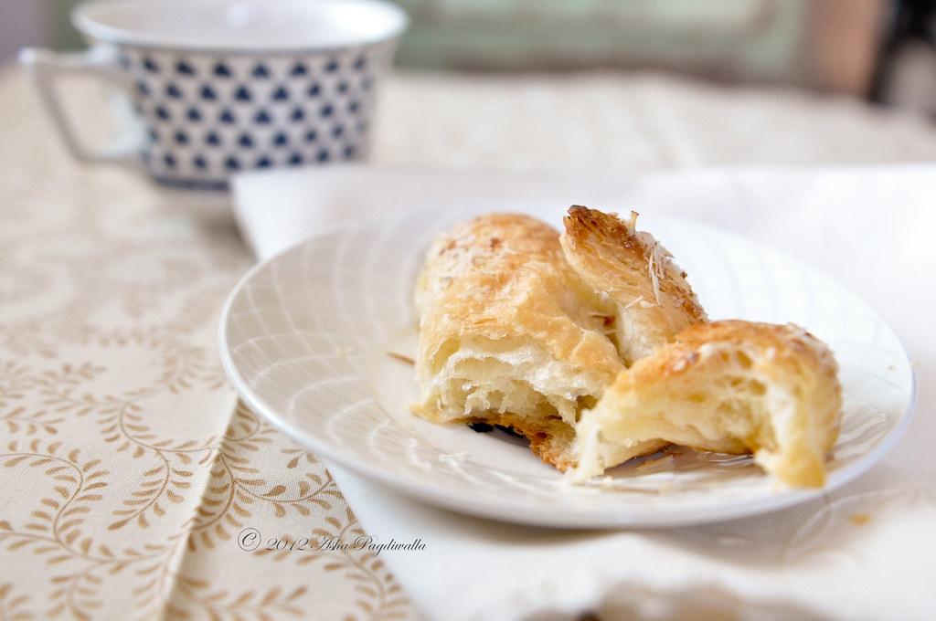 croissant flaky