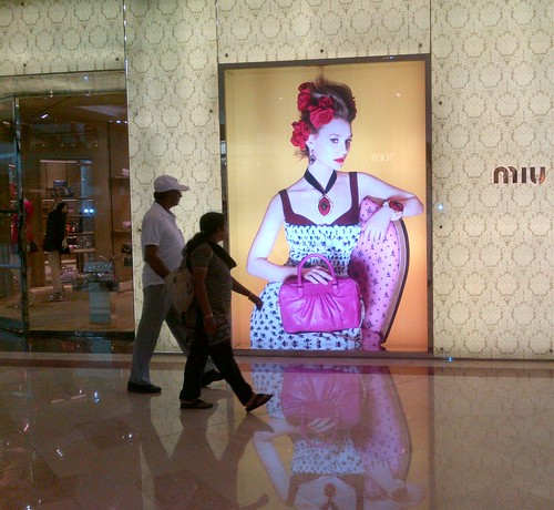IMG-20120207-Everyone looks at this lady..