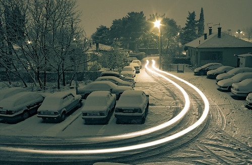 longexposure winter snow lightpainting night canon dark path lighttrails scape splittone 450d