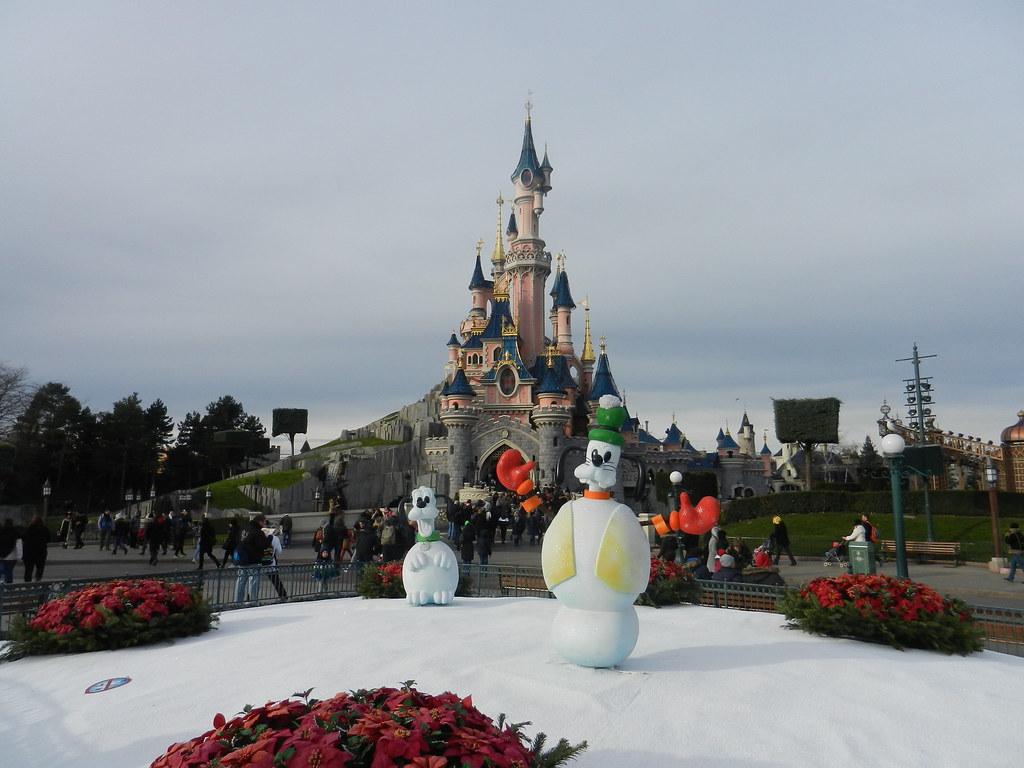 Un séjour pour la Noël à Disneyland et au Royaume d'Arendelle.... - Page 3 13670635303_0beb6464e3_b