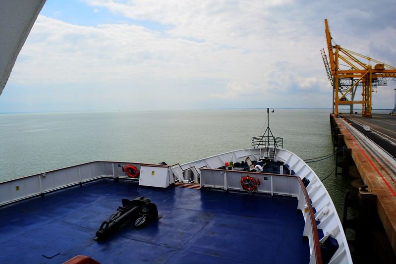 SEA ADVENTURER maiden call Bordeaux Le Verdon