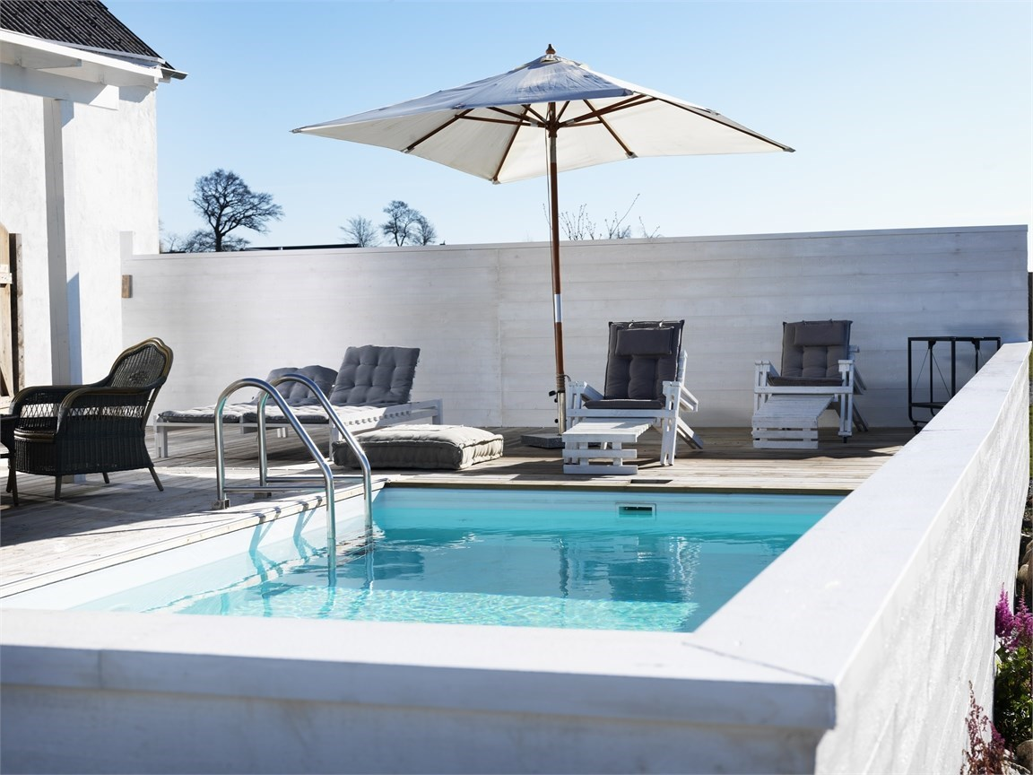 12-muebles-piscina