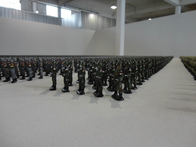 Ala Younis, Tin Soldiers, 2010-11