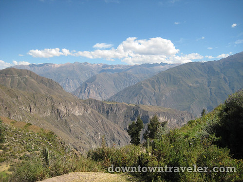 hiking colca canyon peru 02