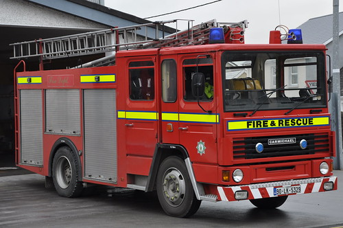 county ex fire durham engine darlington service fireengine dennis lk limerick carmichael brigade firebrigade wrl abbeyfeale 14a2 ds153 90lk5329 h684atn