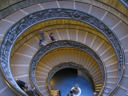 Escalera en espiral de Giuseppe Momo by Miradas Compartidas