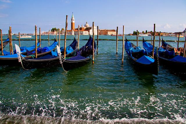 Traghetto Gondole Molo