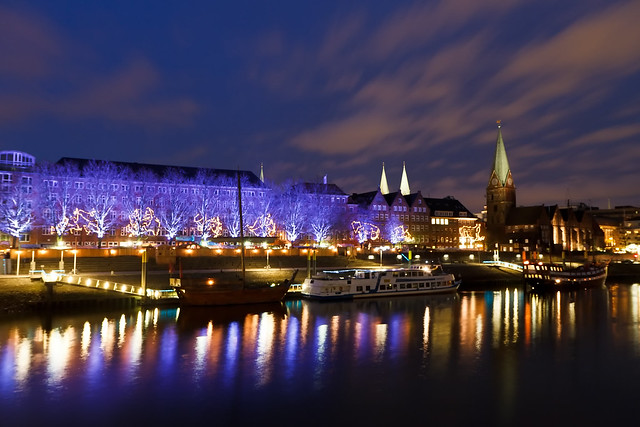Day 338. Bremen riverside at night