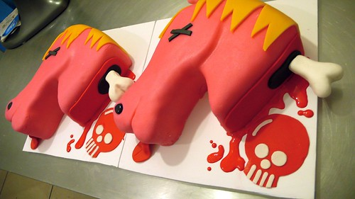 Dead Horse Heads Cakes by CAKE Amsterdam - Cakes by ZOBOT