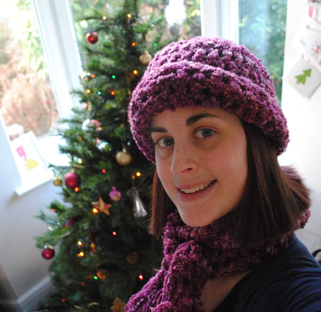 Ravelry Secret Santa - hat and scarf