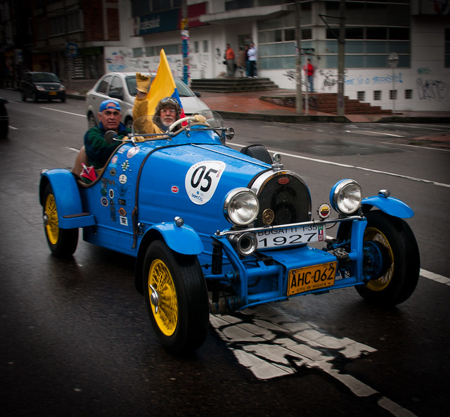 Photo Friday: Classic Cars In Bogota