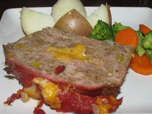 Bacon Cheeseburger Meatloaf with Magic Meatloaf Pan